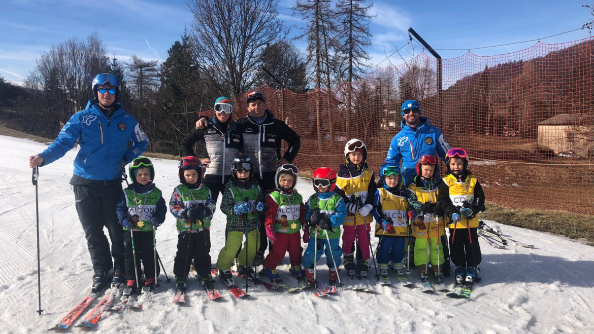 Gruppo Falconeri Ski Team Winter Education