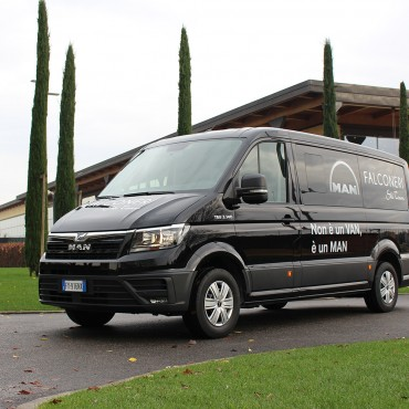 Safe Mobility: Falconeri Ski Team e Man Truck & Bus Italia